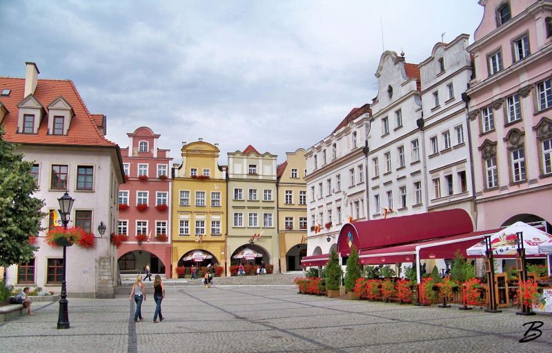 Jelenia Gora Square  Vakantiehuis in Polen Holiday   # Kuchnie Kaflowe Jelenia Góra