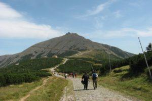 De hoogste berg in de Sudeten met uitzicht op Karpacz en Jelenia Gora